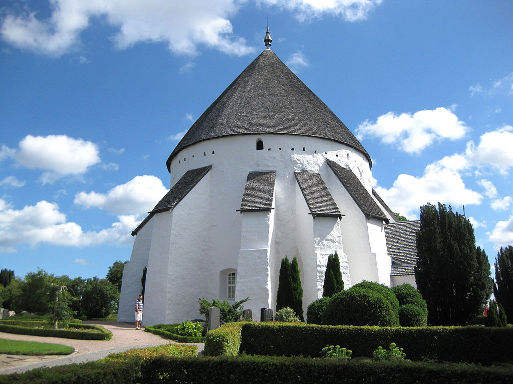 Østerlars Kirke (Foto: Hubertus)