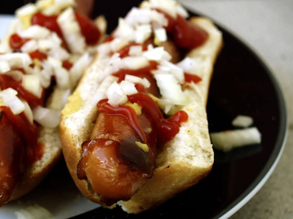 Danmark kan så meget mere end hotdogs og stegt flæsk med persillesovs. Et team af eksperter foreslår, at der oprettes et gastronomisk rejsehold, der kan yde råd og vejledning til kokke i hele landet. Formålet er at højne den madoplevelse, som vi byder vores turister. (Arkivfoto)