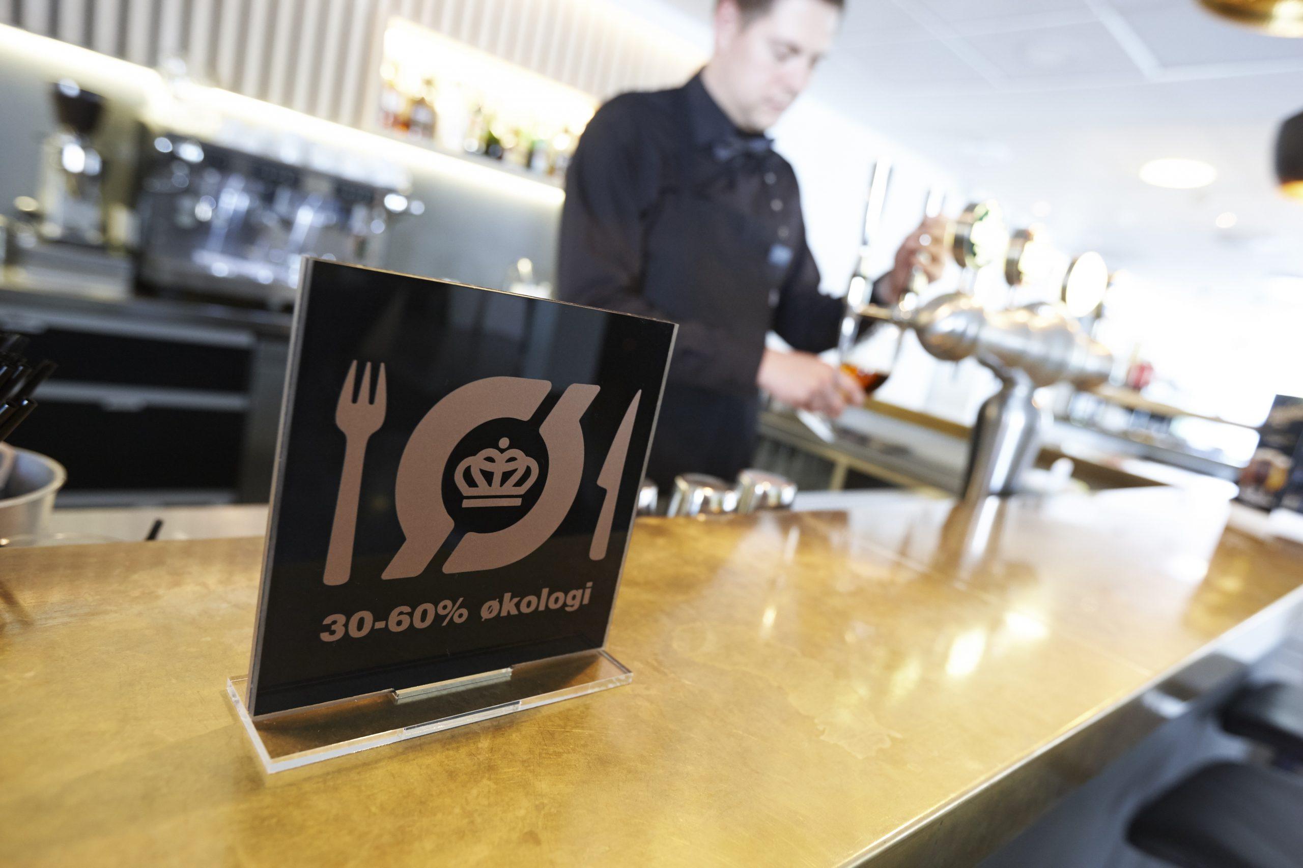 En ny app guider turisterne til de spisesteder, der har opnået det økologiske spisemærke. (Foto: Økologisk Landsforening)