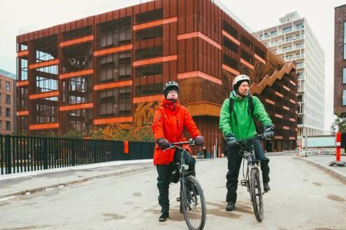 Airbnb Experiences er navnet på den nye bookingplatform, hvor lokale kan tilbyde turister unikke oplevelser, som fx guidede cykelture. (Foto: Airbnb)