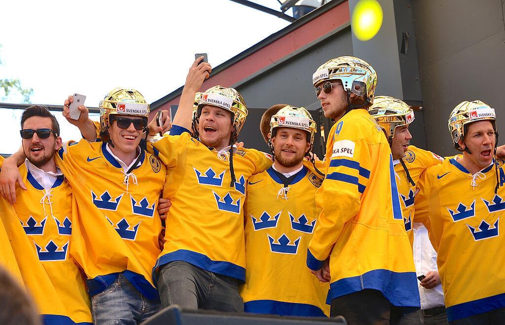 VM i ishockey gav den største turismeomsætning nogensinde for et event i Danmark. De svenske ishockey-fans lagde alene 276 millioner kr., og det var især i København, hvor alle holdets 10 kampe blev spillet. (Arkivfoto)