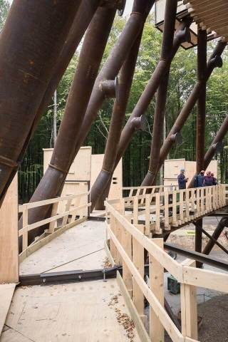 Tårnet rejser sig ved Gisselfeld Kloster (Foto: Camp Adventure)