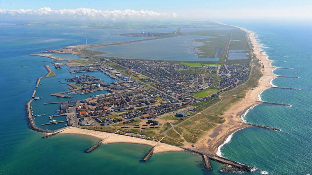 Thyborøn skal være en af de mest attraktive byer på vestkysten. Den udvikling vil en ny lokal fond Westcoast Center Jutland sætte turbo på. (Foto: Lemvig-Thyborøn Turistforening)