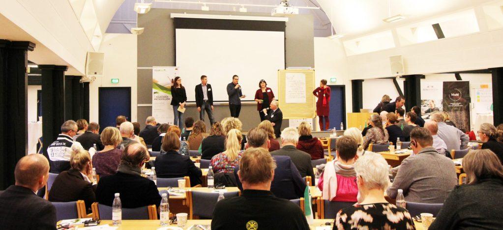 61b58efd b971 43bb bfc4 daa74575ec85 cropped 1024x468  Tyskland, Tourism Cross-Border, TOUR-BO, Schleswig-Holstein, Jens Hausted, Dr. Carola Mey, Dansk Kyst- og Naturturisme, Danmark Grænseoverskridende projekt sætter bæredygtig turisme i landdistrikterne på dagsordenen kampagner-projekter Grænseoverskridende projekt sætter bæredygtig turisme i landdistrikterne på dagsordenen