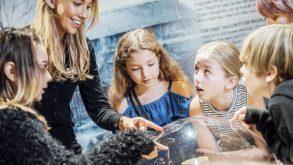 JRO6825 310x165  Undervisning, Tora Larsdotter Andersson, The Viking Museum, Sverige, Stockholm, Skype, Formidling, Ellen Ingers Vikingemuseum bruger Skype til at nå ud til flere skoler kampagner-projekter, featured, attraktioner Vikingemuseum bruger Skype til at nå ud til flere skoler