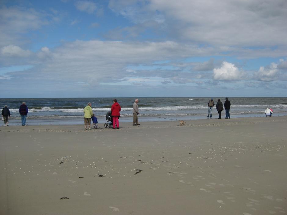 En typisk dansk sommerdag ved stranden, som vi kender dem. Men det er ikke den form for billeder, der bliver brugt i markedsføringen af danske feriedestinationer. (Foto: Marie Vestergaard Madzak)