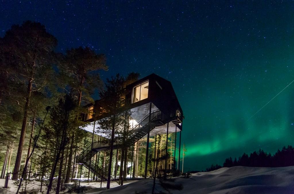 Treehotel i det nordlige Sverige lader gæsterne opleve den svenske natur på en unik måde.  (PR-fotos: Treehotel)