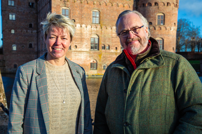 Anne-Vibeke Isaksen og Greven på Egeskov (PR-foto)