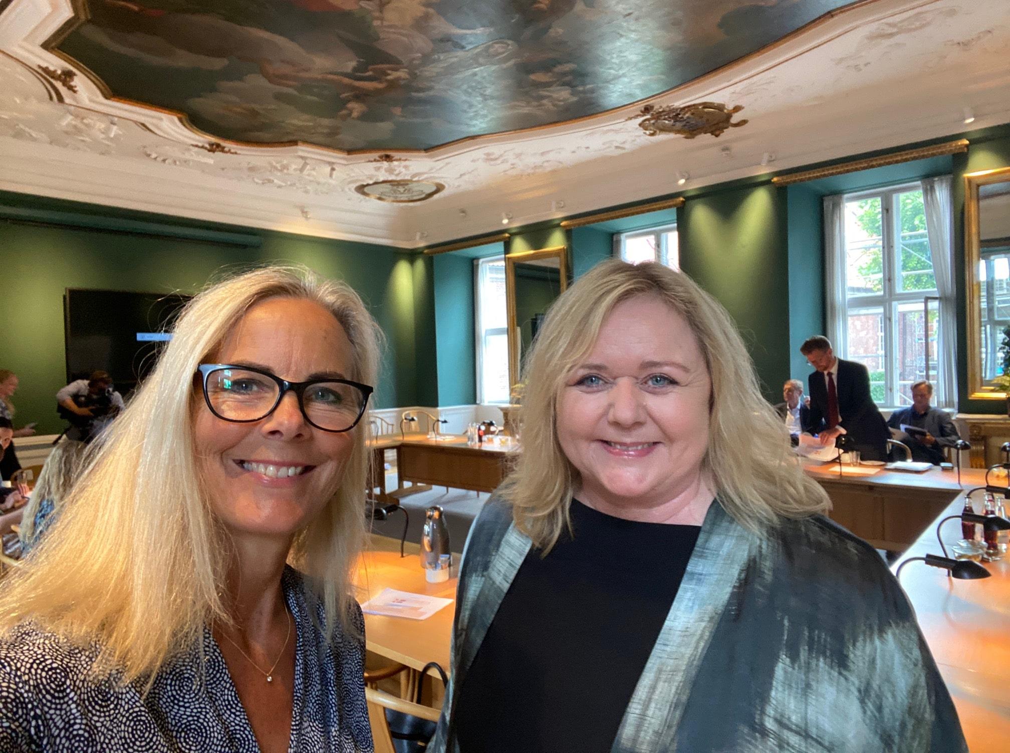 Birgitte Bergman, turismeordfører (K) og Mona Juul, erhvervsordfører (K). Det Konservative Folkeparti. (PR-foto)