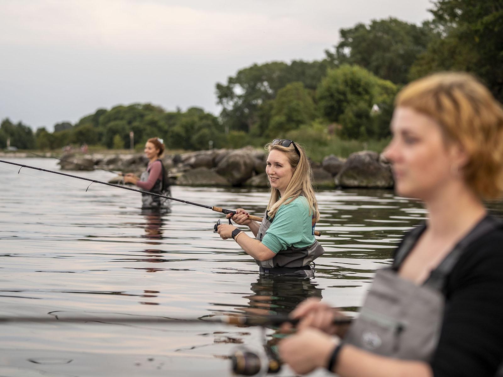 Tre kvinder lystfisker (Foto: Lystfisker Danmark)