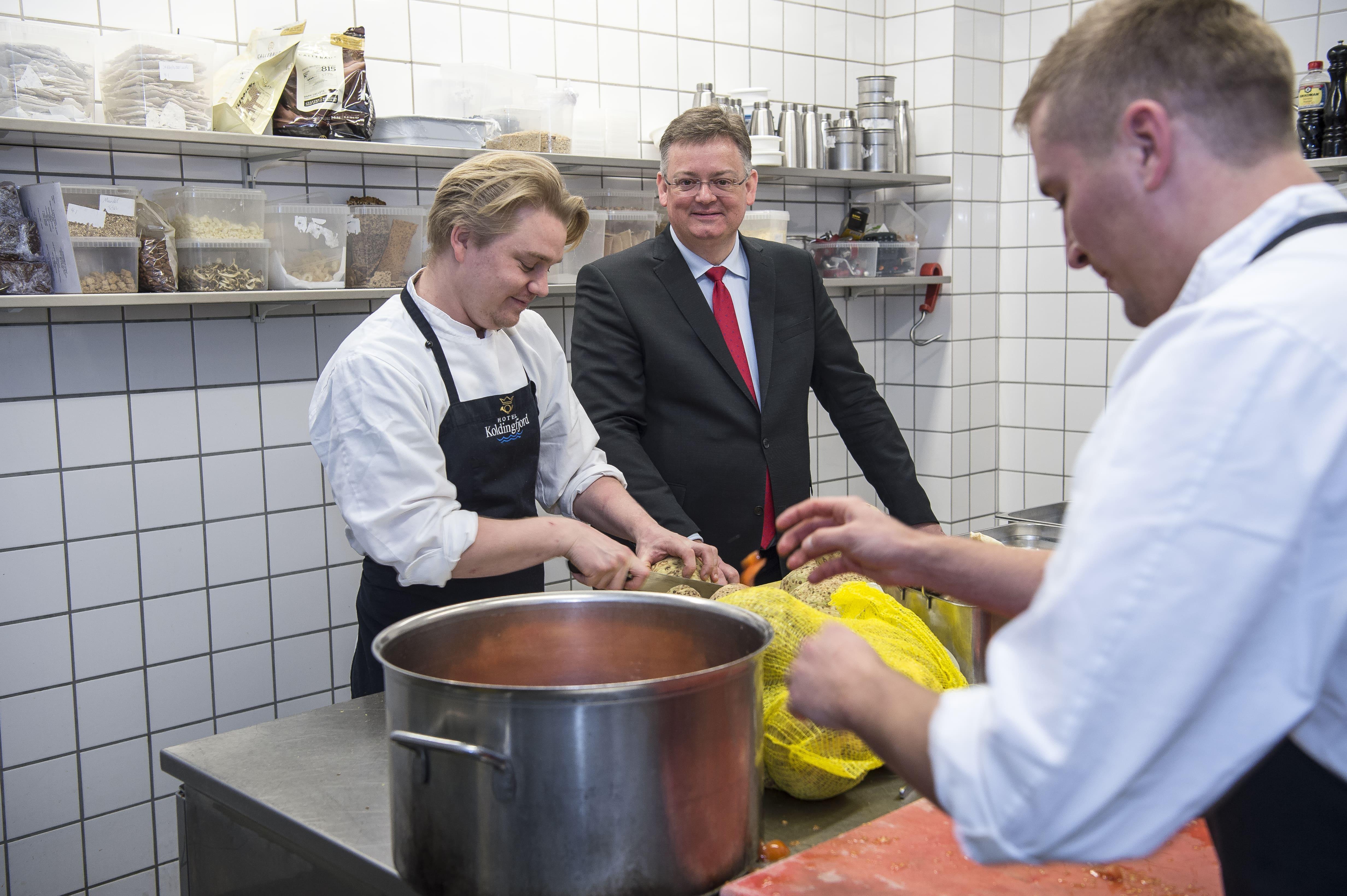 Peder J. Madsen, direktør, Hotel Koldingfjord. (PR-foto)