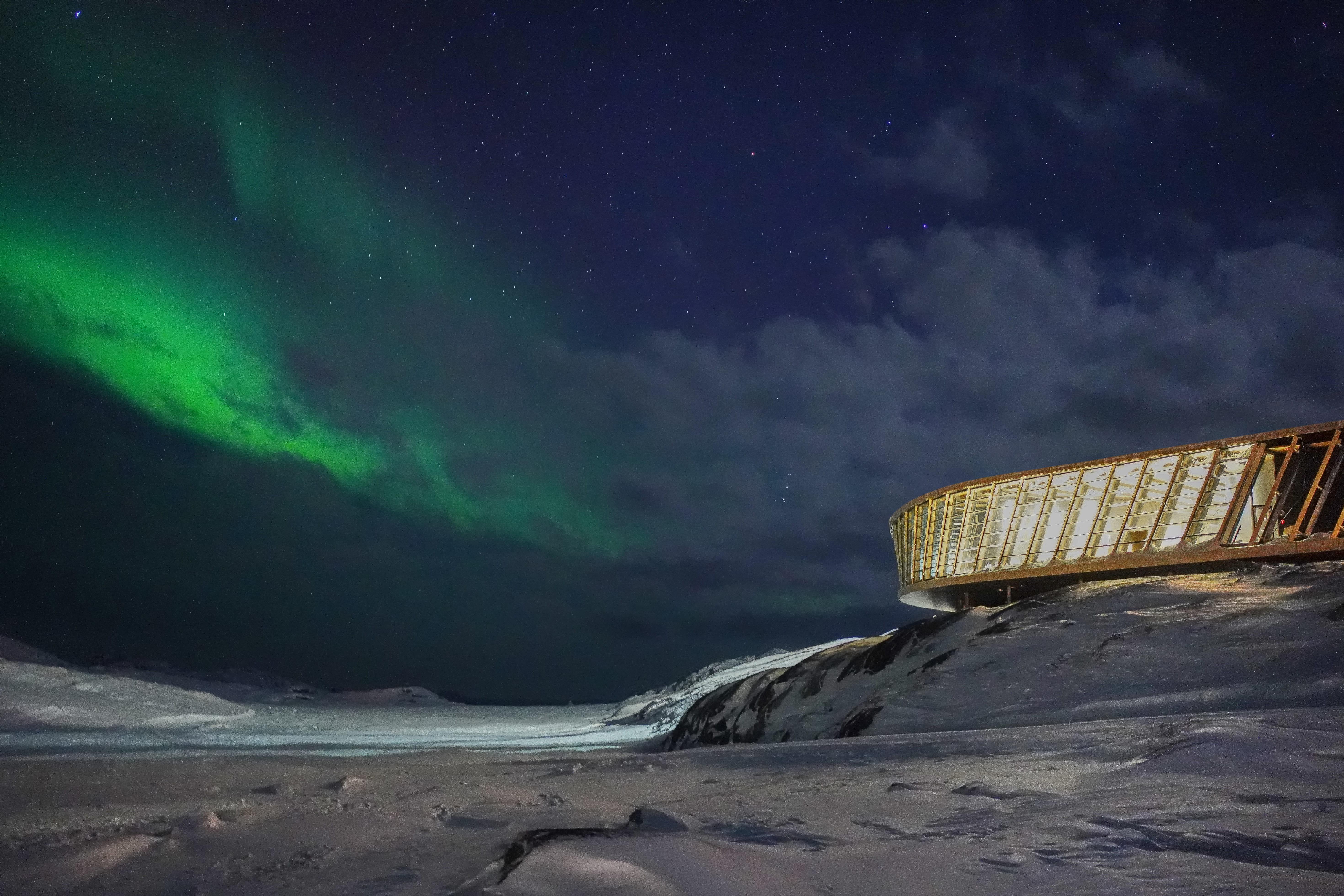 Nordlys over Isfjordcenteret. Foto: Dorte Mandrup A/S